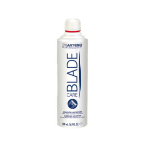 Picture of blade care bottle for animal grooming.